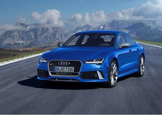 Audi RS 7 Sportback 2015 front three-quarter view