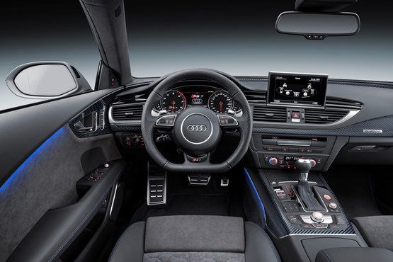 2015 Audi RS 7 Sportback driver's view of the steering wheel, instruments and centre console