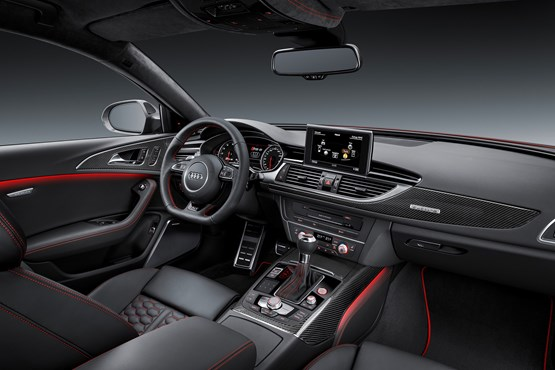 2015 Audi RS 6 Avant front passenger view of the dashboard and centre console