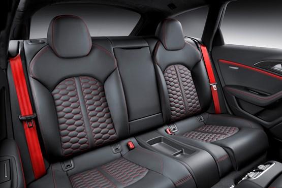 2015 Audi RS 6 Avant rear interior