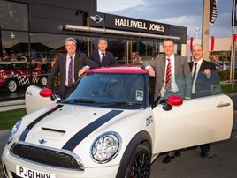 Halliwell jones southport mini