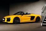 Audi R8 Spyder 2016 studio top down front three quarters