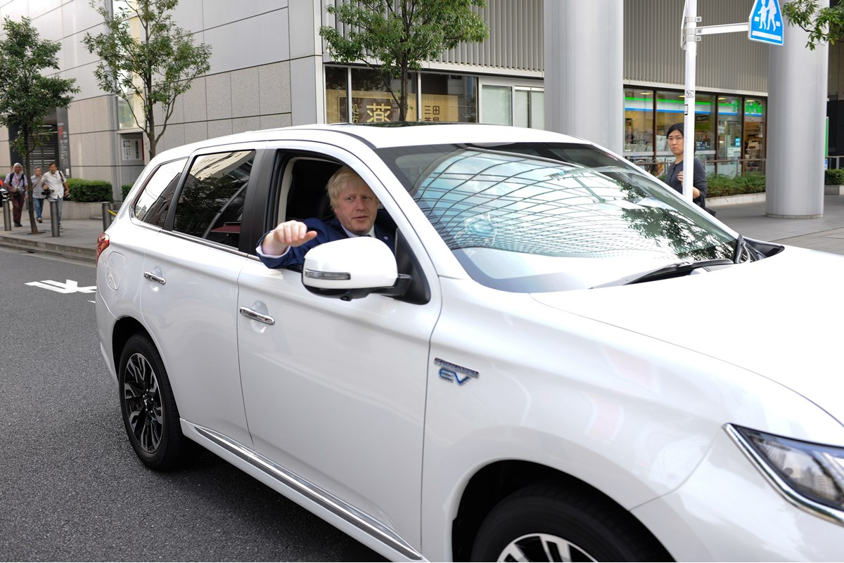 Mitsubishi Outlander PHEV facelift and Boris Johnson