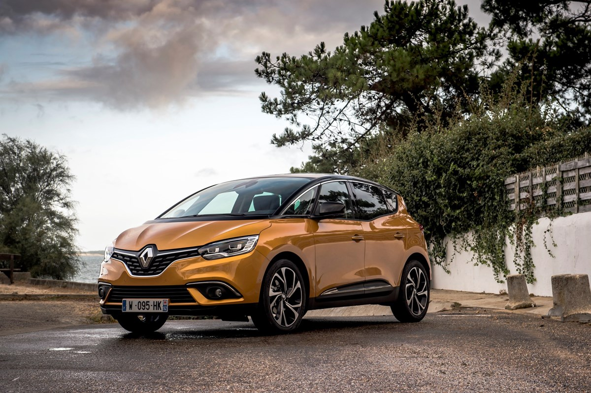 100 scenic renault 2017 renault grand scenic review. Black Bedroom Furniture Sets. Home Design Ideas