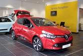 Glyn Hopkin Renault centre 2016