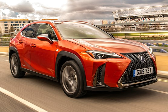 Lexus UX (2019)