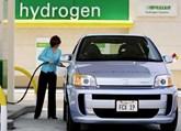 Hydrogen fuelling station