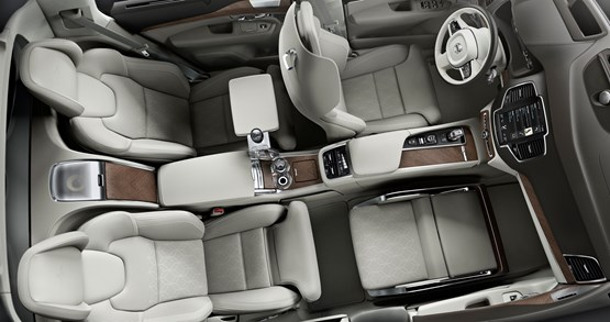 Volvo Cars unveils Lounge Console for its chauffeur-driven customers