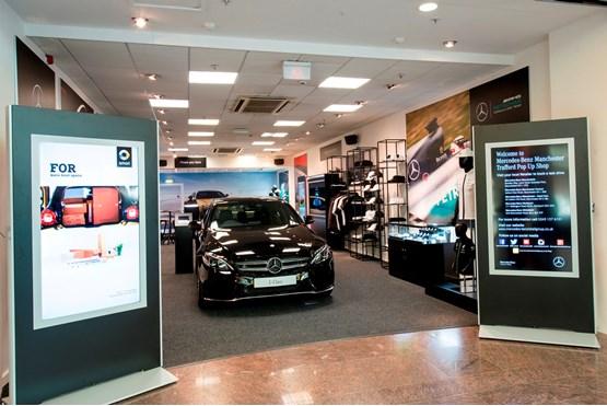 Mercedes benz retail dealers open pop up store in for Mercedes benz store online