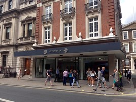 MG opens new Flagship store in London Piccadilly