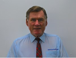 Tributes have been paid to independent car dealer Angus MacKinnon following his death, aged 70