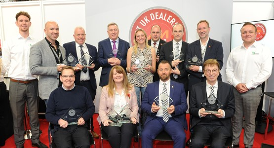 The winners of the 2019 AM Best UK Dealerships To Work For awards with sponsors Car Benefit Solutions