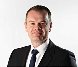 Managing director of Motorpoint Mark Carpenter