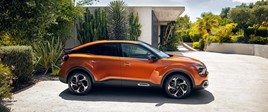 Citroën opens order books for new C4 and ë-C4 electric vehicle (EV)