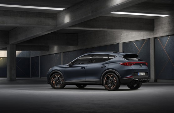 Rear view: the Cupra Formentor performance SUV