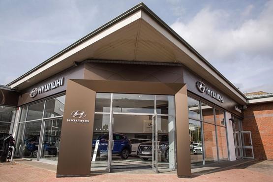 Endeavour Hyundai Watford