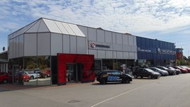 Evans Halshaw's new Peugeot/Vauxhall dealership in Wakefield