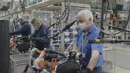 Ford Restarts Production Across Europe As Uk Plants Reopen Car