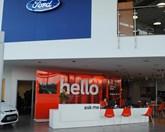 FordStore service reception