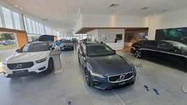 Inside Lipscomb Cars' new Volvo Car UK showroom near Canterbury