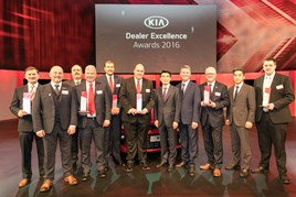 Kia's winners receive their awards from president Song, Kia Motors Europe, and Paul Philpott, chief executive and president, Kia Motors (UK) Limited.