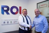 ROI CEO Nigel Sandiford and Volkswagen Head of Group Fleet Services Martin Barrow-Starkey