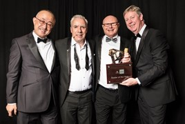Luscombe Suzuki's Mark Reynolds collects the retailer's Dealer of the Year award
