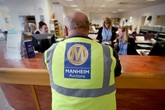 An employee at a Manheim auction