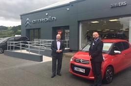 Citroen UK managing director Eurig Druce (left) with Drivers of Prestatyn managing director Mark Edgley