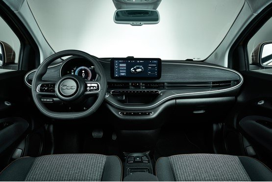 Inside the new Fiat 500 EV