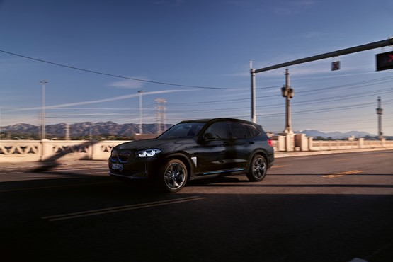 The new BMW iX3 electric SUV will reach the UK next summer (2021)