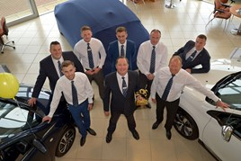 The Macklin Motors Peugeot Paisley team with the Guild of the Gold Lion Award