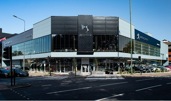 Robins & Day's new PSA Group multi-brand dealership in Chiswick