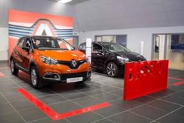 Right Car Renault and Dacia, Hull