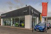 Hendy Group's new Renault/Dacia showroom in Salisbury