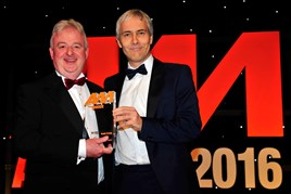 Steve Roberts, commercial vehicle and fleet sales director, Hendy Group (left), collects the award from Robert Hutchinson, head of motor sales, Barclays Partner Finance