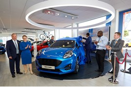 Lisa Brankin, sales director at Ford Motor Company, officially open the new Staines FordStore alongside TrustFord chairman and chief executive, Stuart Foulds