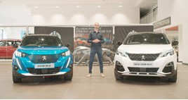 Fifth Gear presenter and EV enthusiast Jonny Smith presents the 'Peugeot Electric Show'