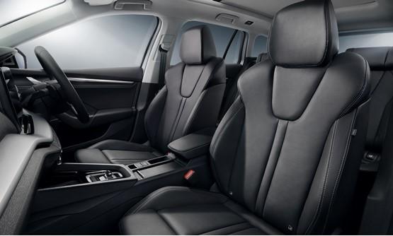 Fourth-generation Skoda Octavia SE L First Edition interior