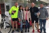06 Vauxhall directors Paul Byron and John Dixon with Maddi Taylor and her mum Carina