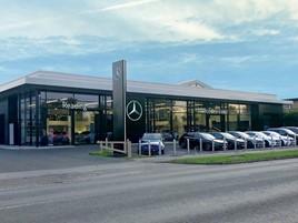 Vertu Motors' Mercedes-Benz Reading showroom