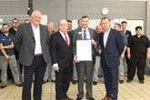 The VPS accreditation was awarded to the Mill Volvo Sunderland dealership by David Baddeley, Volvo Car UK's customer service director.