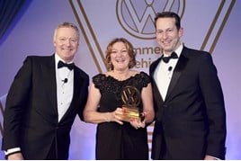 Carl zu Dohna  with Beryl Carney of JCT600 Volkswagen Van Centre Hull  and compere Rory Bremner.