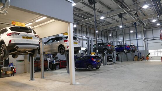 The workshop at Hartwell Ford Reading will accommodate night shifts for CV servicing